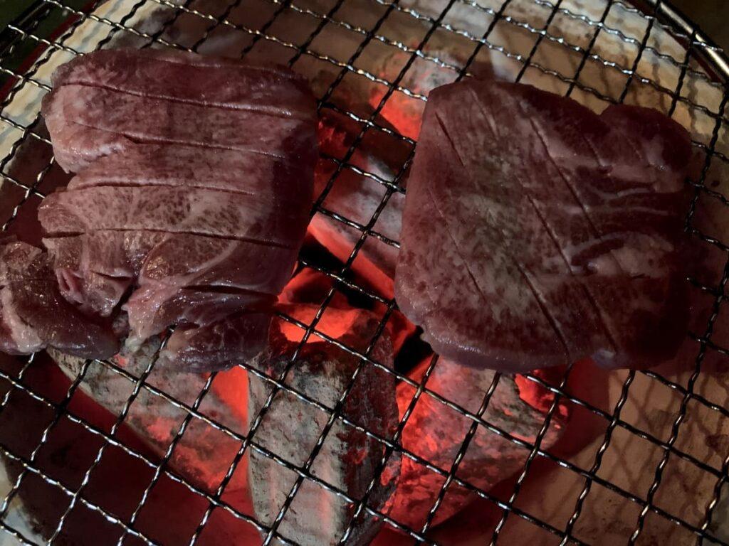 カネタのプレミアム牛タン至極10mmを購入してから焼き上げるまで